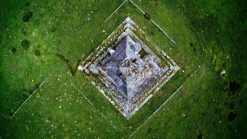 Pirámide-de-los-italianos-4