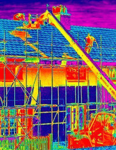 Revisión de Construcción de vivienda con cámara térmica y drones